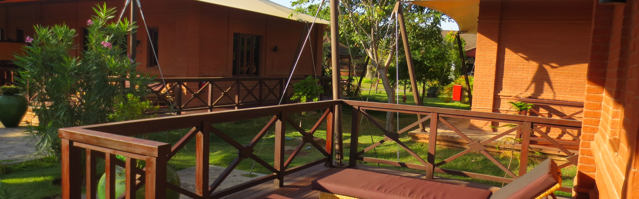 Top Hotels in Bagan - Resorts with Stupa View