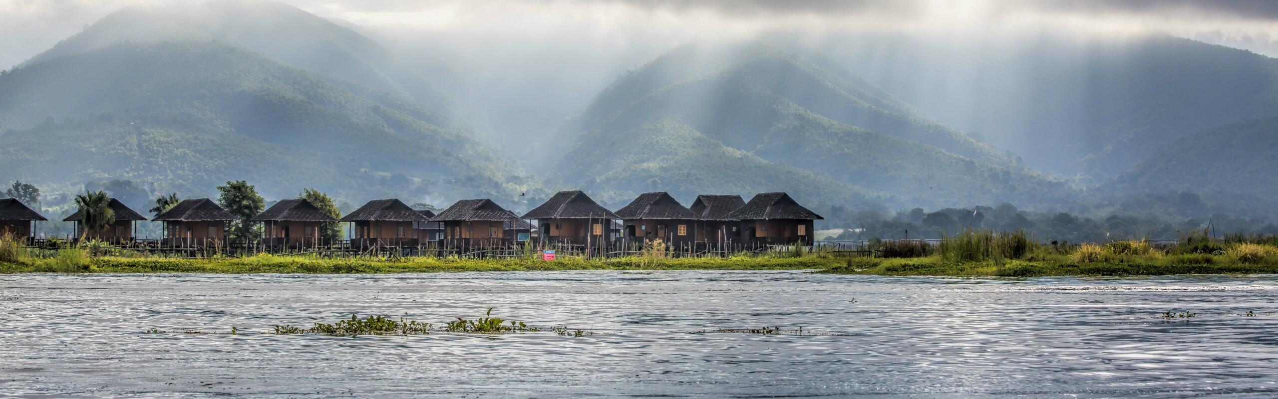 Myanmar Weather in October - Rainfall Decreases