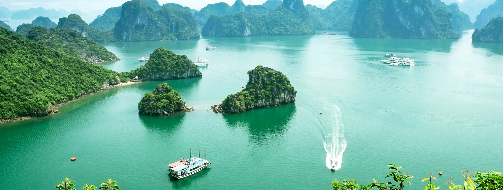 4-Day Essence of Hanoi with a Halong Bay Cruise