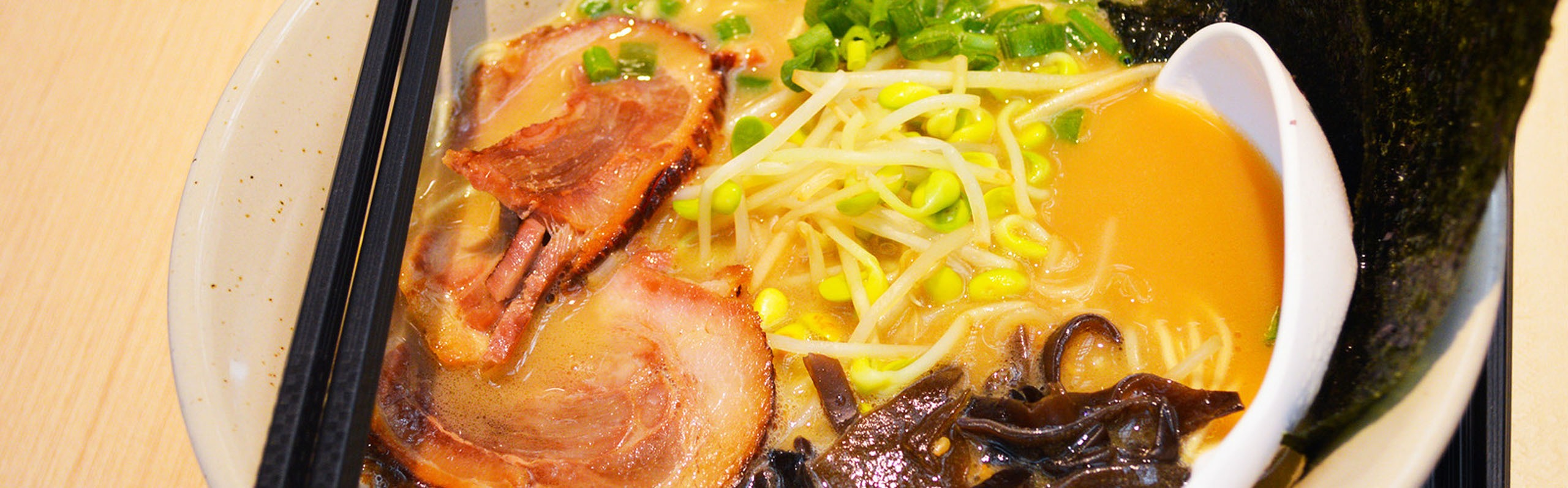 Ramen vs. Pho - 4 Major Differences You Should Know